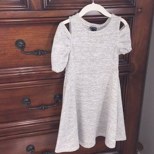 Adorable girls dress xs 4/5 great condition